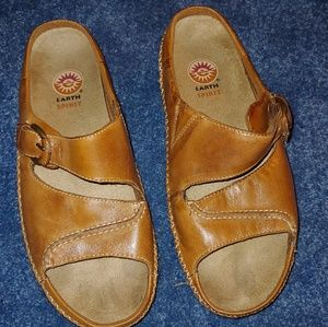 720b23a5 Earth Spirit Shoes | Womens Abbi Leather Sandals | Poshmark